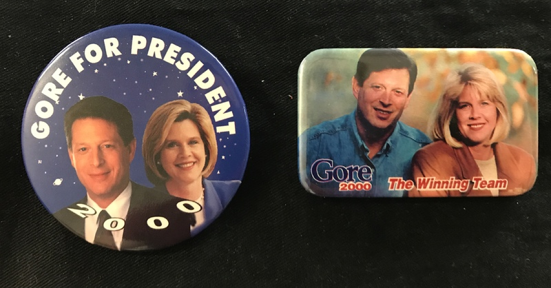 Al and Tipper campaign pins 2000
