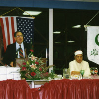 Jack Shaheen speaking at Islamic Center of Greater Toledo banquet