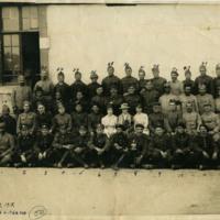 Group of World War I servicemen and women, June 30, 1918