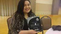 Catheline Longoria-Pérez receives 2016 LIC award for Outstanding Undergraduate Student