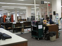 Employee at the Ogg Science Library desk