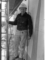Artist Donald Drumm during Jerome Library construction
